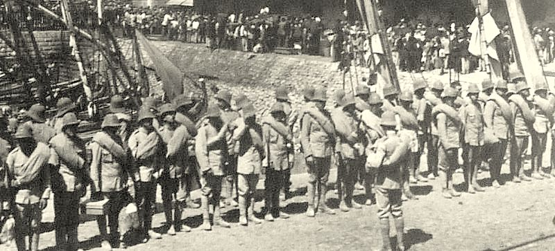 portuguese-soldiers-at-lisbon-embarking-for-africa