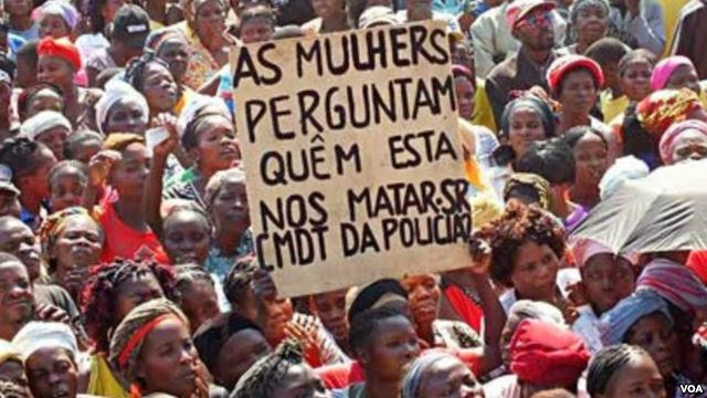 zungueiras-mulheres-manif