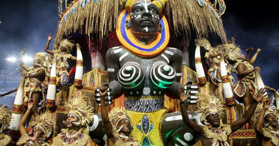 24fev2017-a-academicos-do-tatuape-desfila-na-primeira-noite-do-carnaval-de-sao-paulo-com-o-enredo-mae-africa-uma-homenagem-a-uma-africa-festiva-1488009528446_v2_9