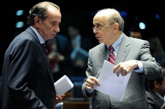 Aloysio-Nunes-com-José-Serra-foto