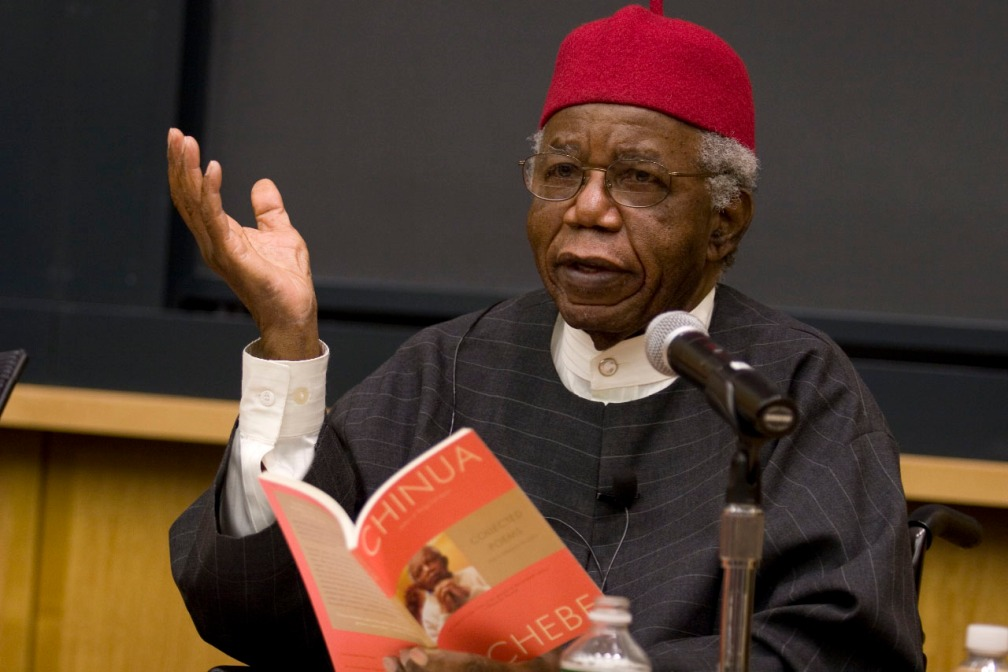 Chinua-Achebe-speakn-abt-thingsfallapart1.jpg