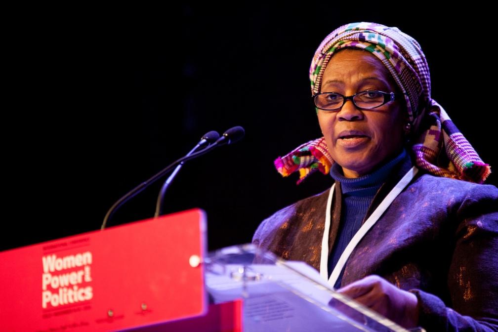 e Phumzile Mlambo-Ngcuka1