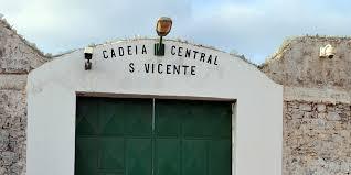cadeia de Ribeirinha, na ilha de São Vicente