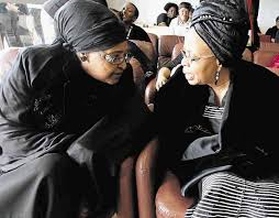 Sra. Winnie Madikizela-Mandela da Sra. Graça Machel